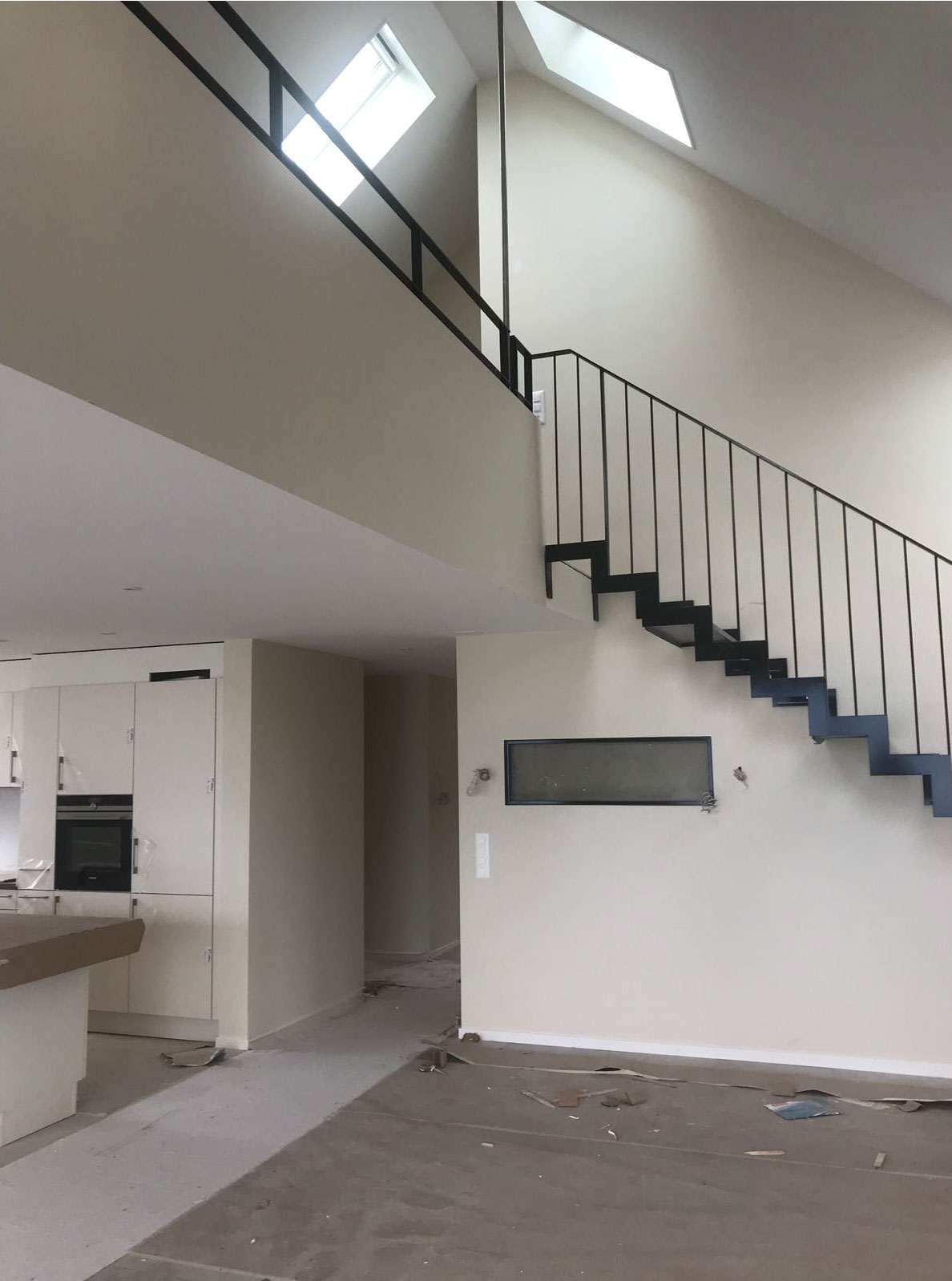 démolition et construction d'un immeuble de 3 appartements à corseaux - vaud - escalier
